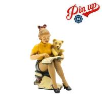 """Pin-up Figur """"Leseratte"""""""